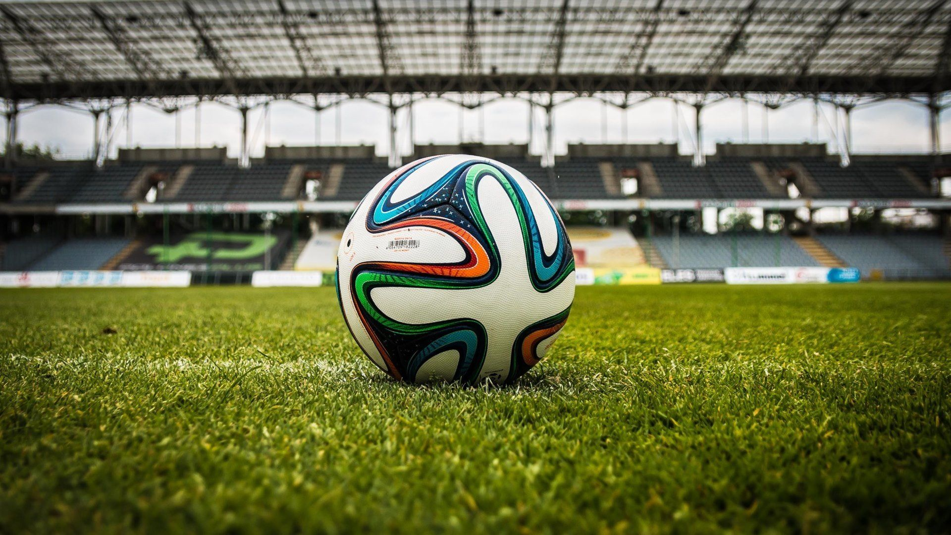 4k Soccer Wallpapers Top Free 4k Soccer Backgrounds Wallpaperaccess
