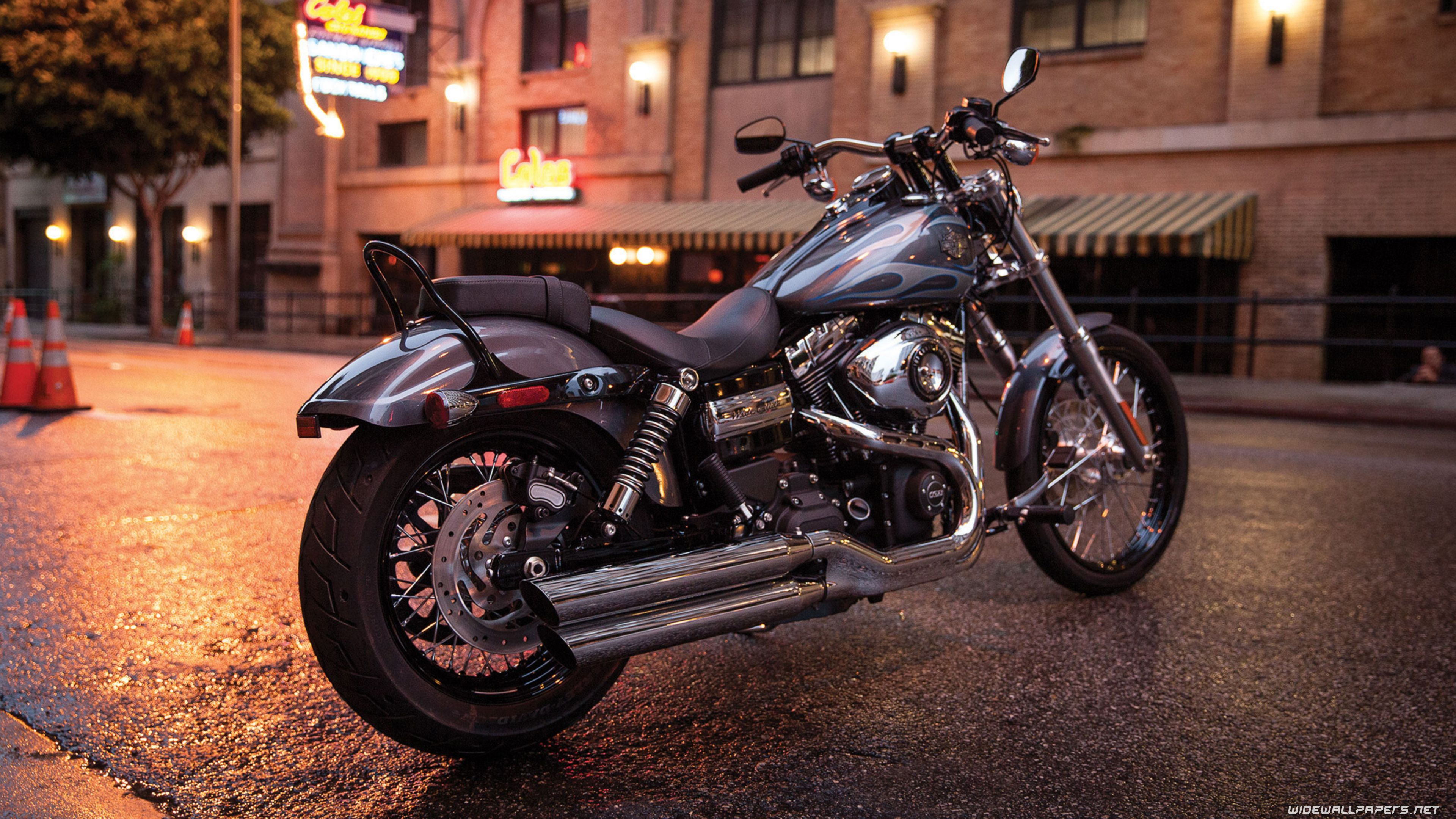 Harley-Davidson Dyna Wallpapers