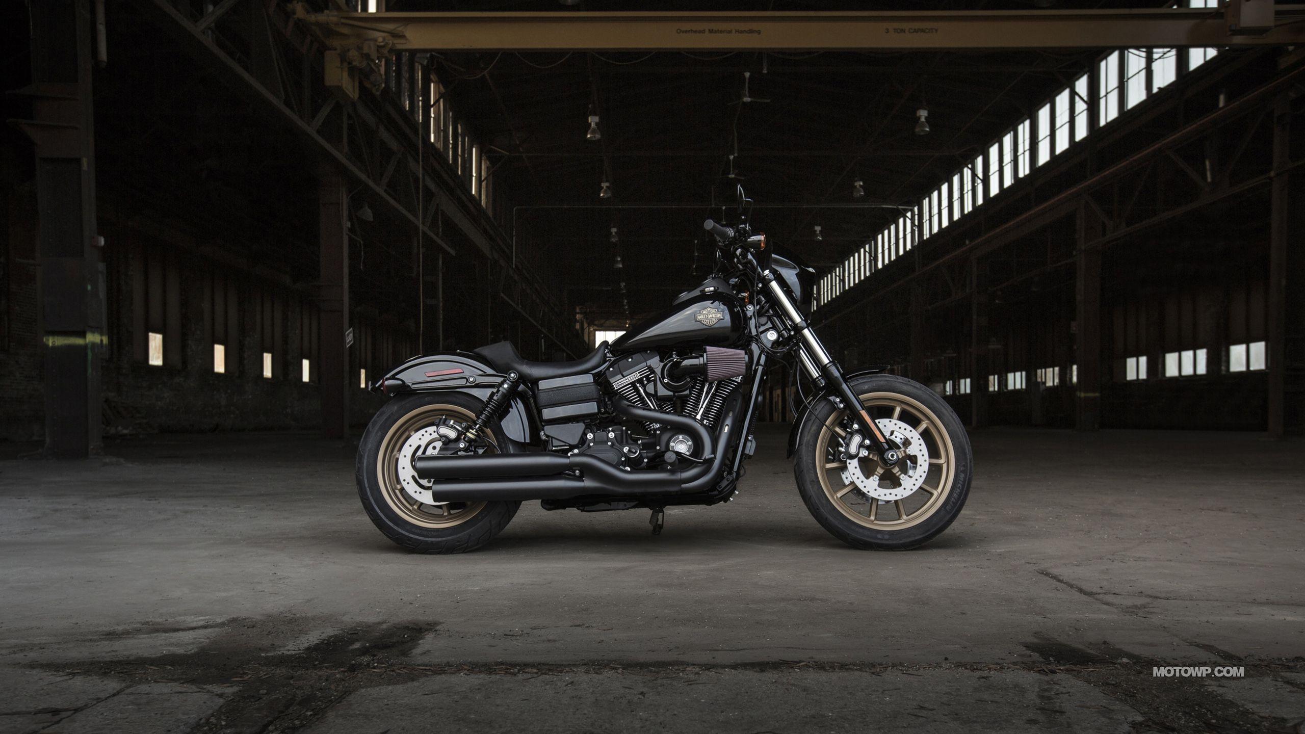 Harley-Davidson Dyna Wallpapers