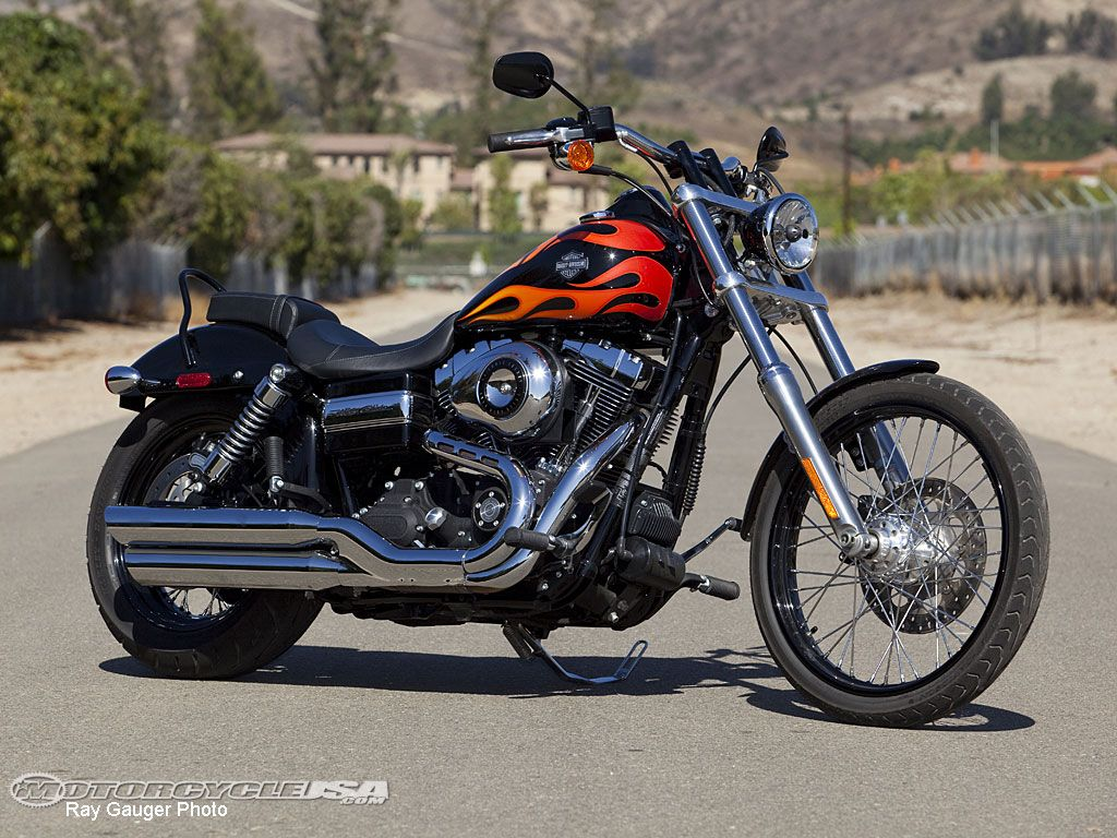 Harley Davidson Dyna Wallpapers Top Free Harley Davidson Dyna Backgrounds Wallpaperaccess