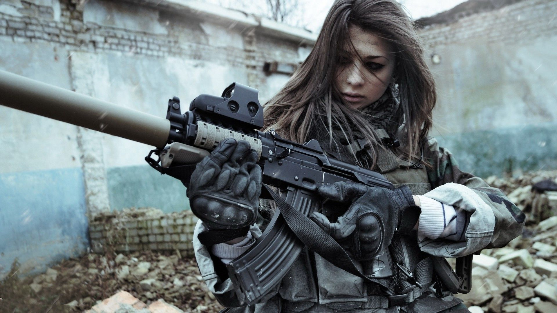 24 Best Free Female Soldier Wallpapers