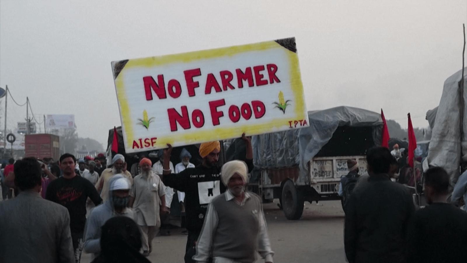 1600x900 Tại sao nông dân Ấn Độ phản đối và chặn đường vào New Delhi - Video CNN