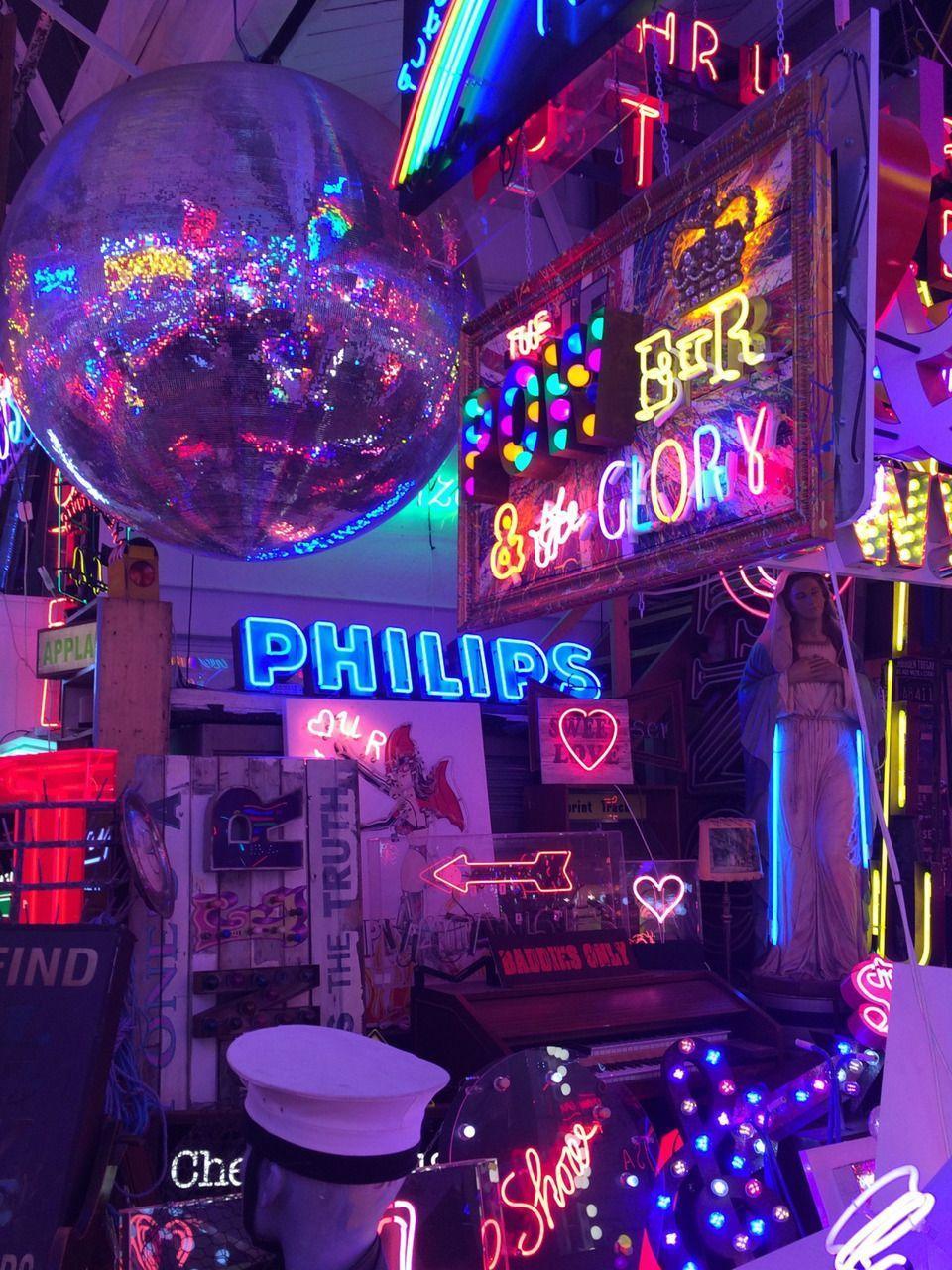 Neon Aesthetic Wallpapers - Top Free Neon Aesthetic ...