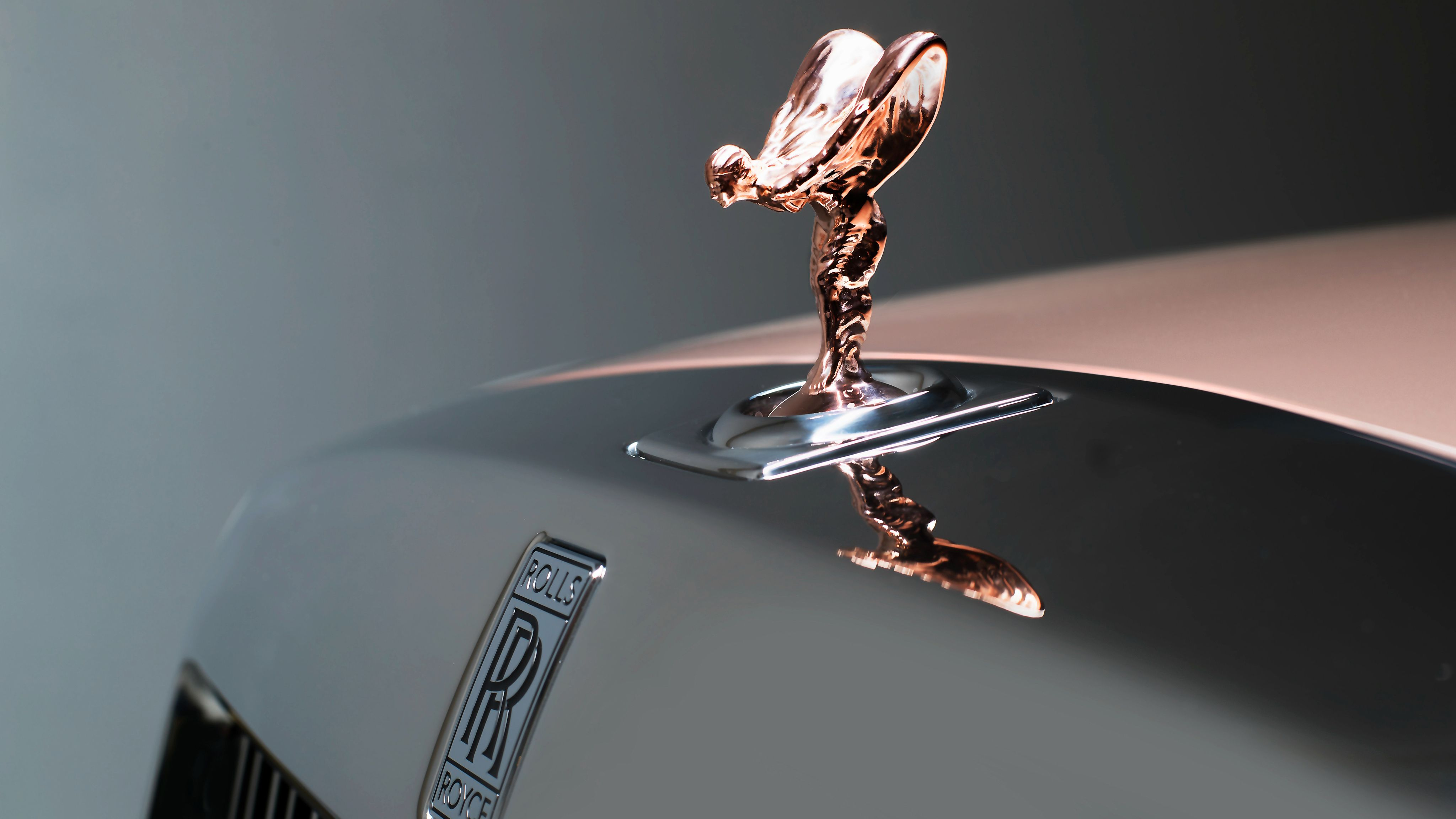 Gold Wallpaper Rolls Royce Logo