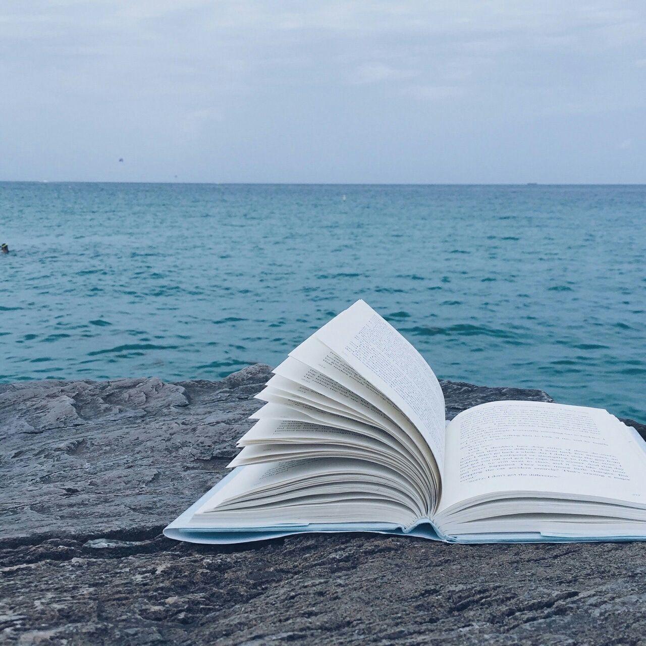 Aesthetic Book Desktop Wallpapers Top Free Aesthetic Book