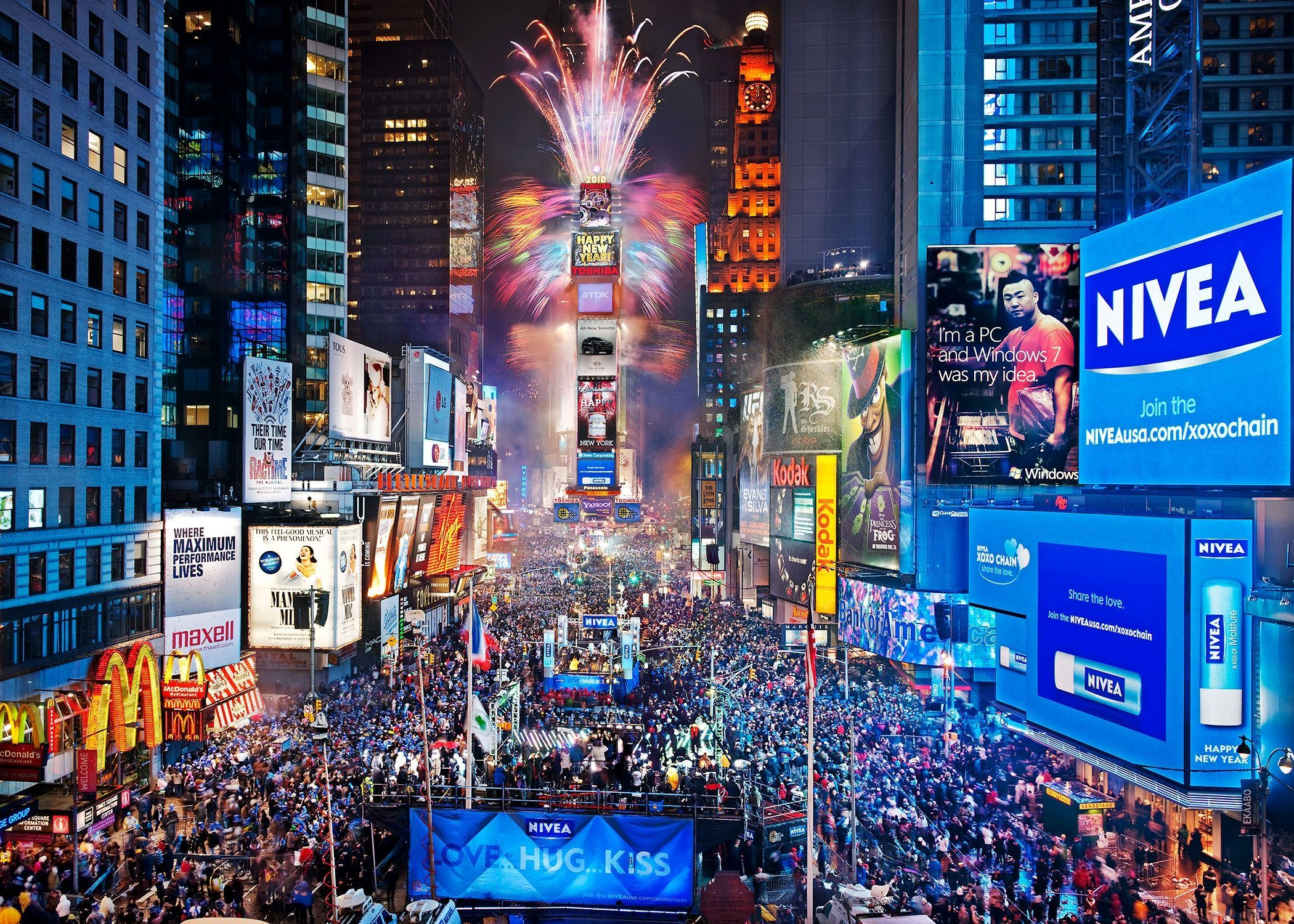 1366x768 ny times square new year