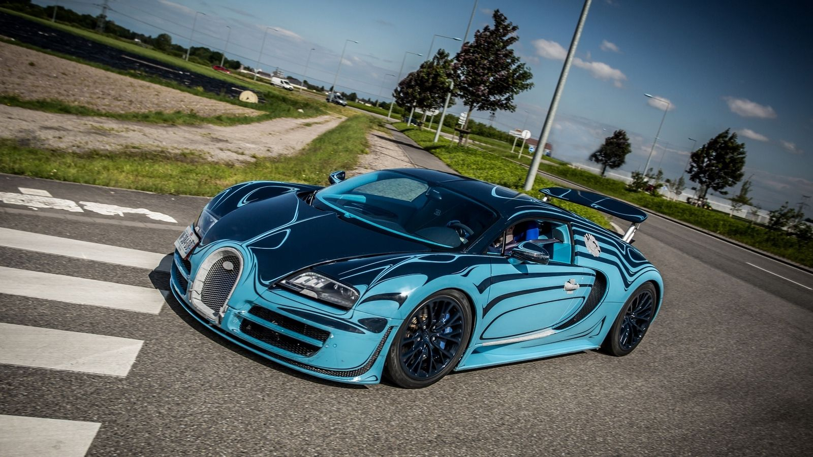 Blue Bugatti Veyron Super Sport Wallpaper: Blue Bugatti Veyron Wallpapers