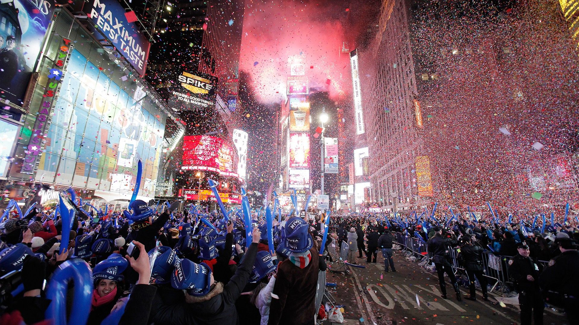 2500x1562 times square new years hd wallpaper background images 2500x1562 times square new years