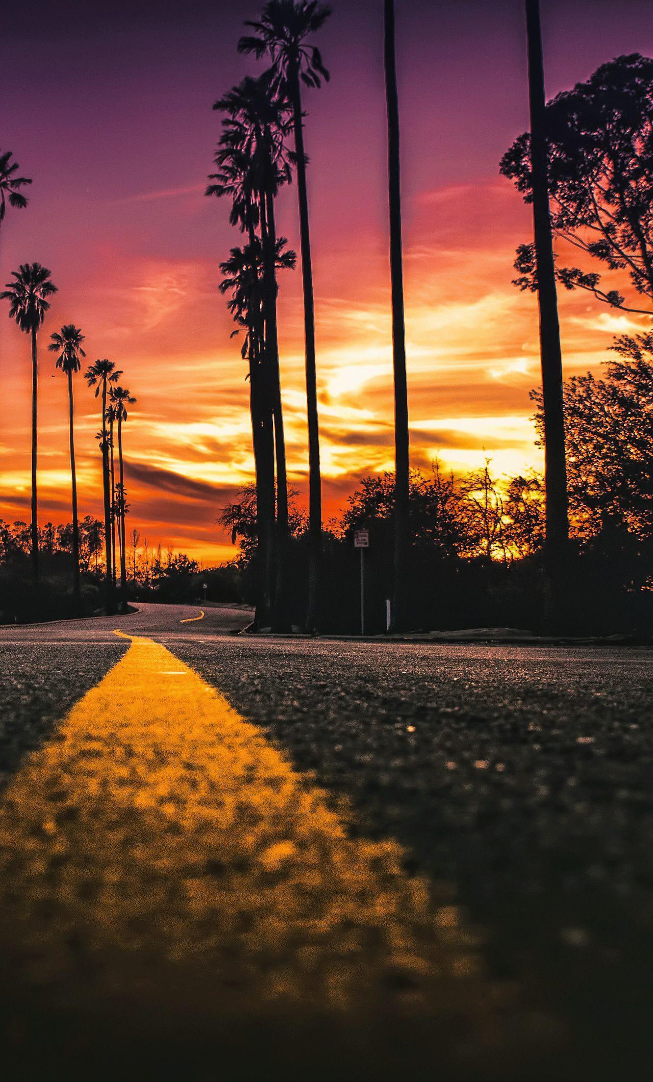 California Iphone Wallpapers Top Free California Iphone Backgrounds Wallpaperaccess