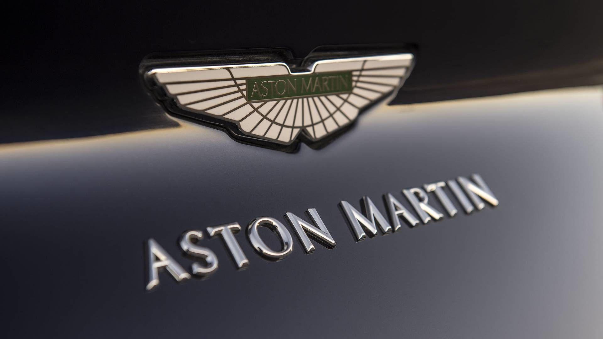 Aston Martin Logo Wallpapers Top Free Aston Martin Logo Backgrounds Wallpaperaccess