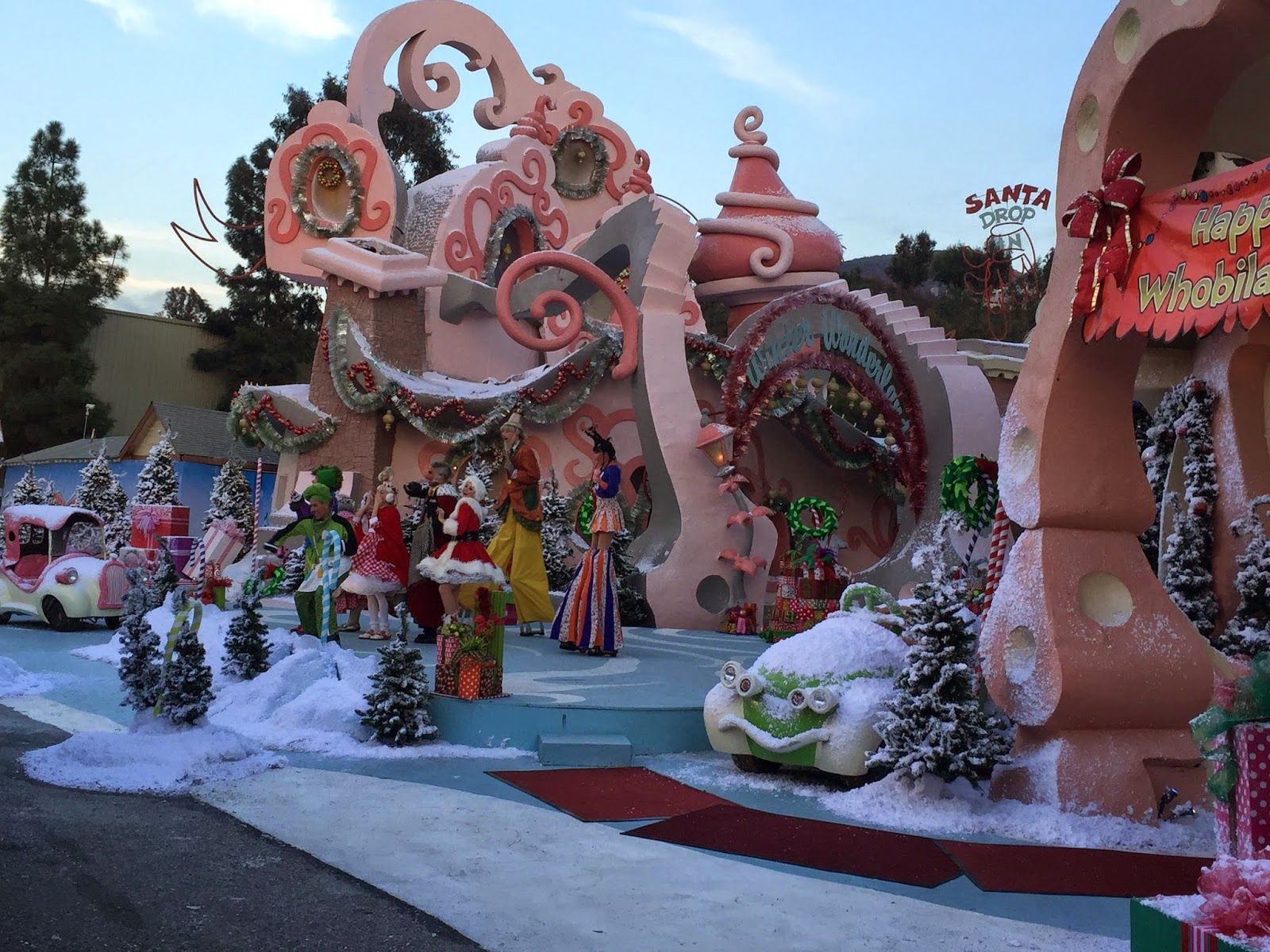 """1024x768 Ward Sutherland on Twitter: """"Whoville had moved to Crestmont ..."""">"""