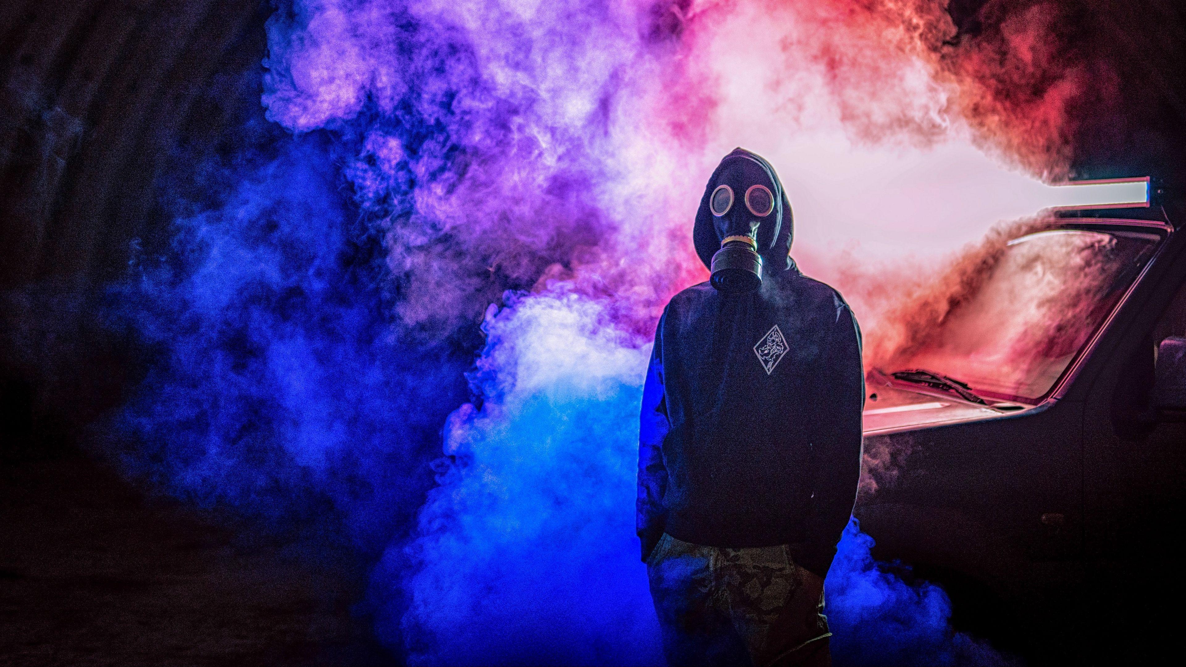 3840x2160 Tải xuống hình nền 3840x2160 mặt nạ phòng độc, đàn ông, hút thuốc, đầy màu sắc 4k uhd
