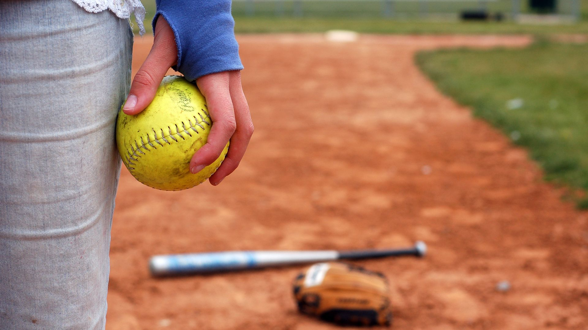 Softball Wallpapers Top Free Softball Backgrounds Wallpaperaccess