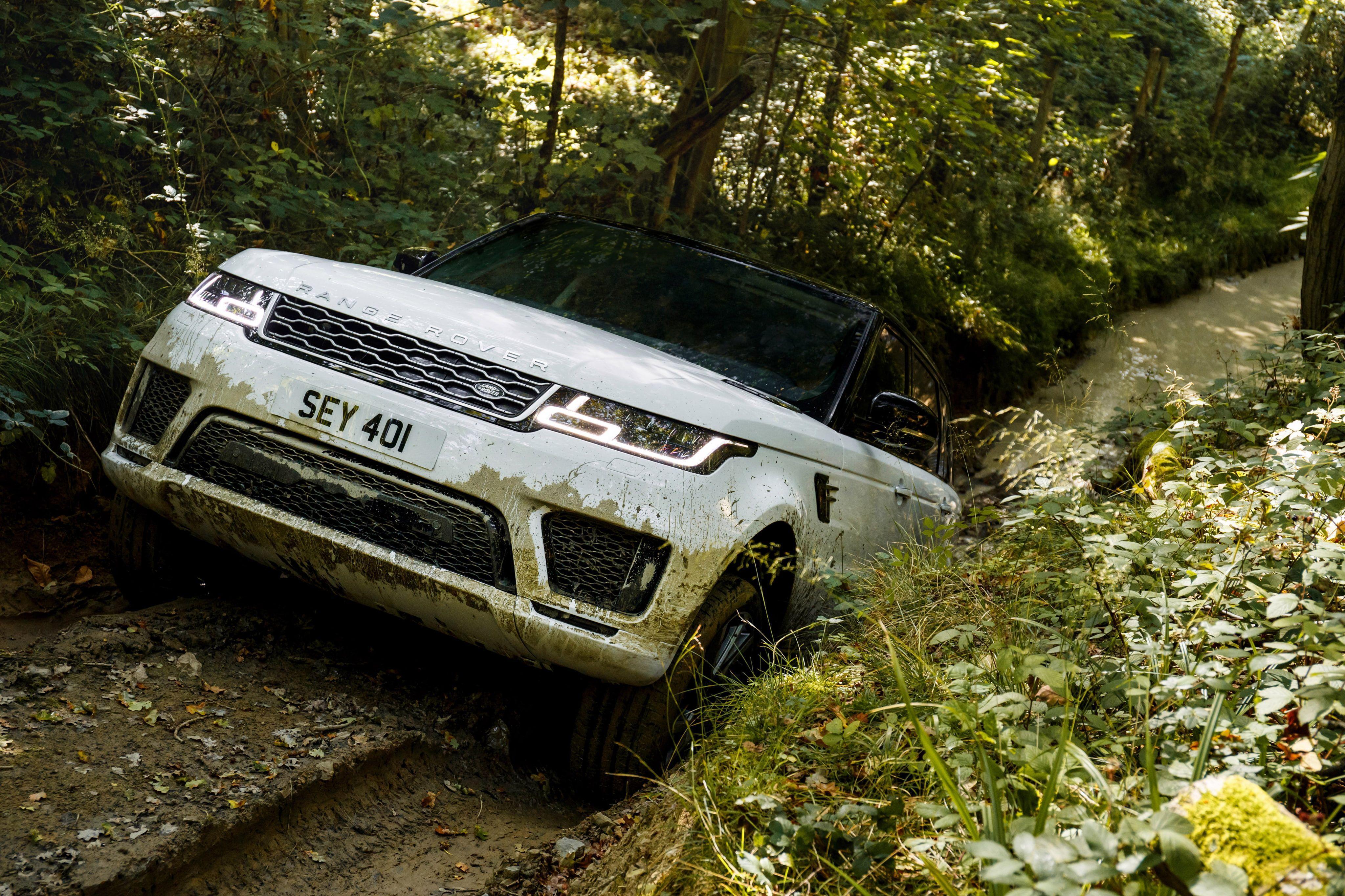 "3840x2400 White Range Rover Evoque Sport SUV Wallpaper C #6282 Wallpaper ..."">"
