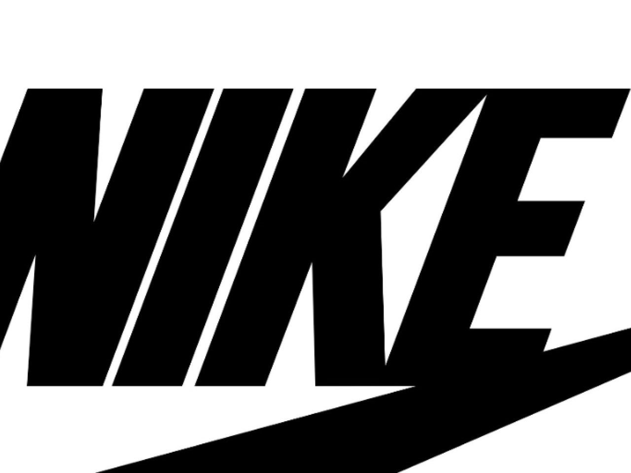 Nike Black And White Wallpapers Top Free Nike Black And White Backgrounds Wallpaperaccess