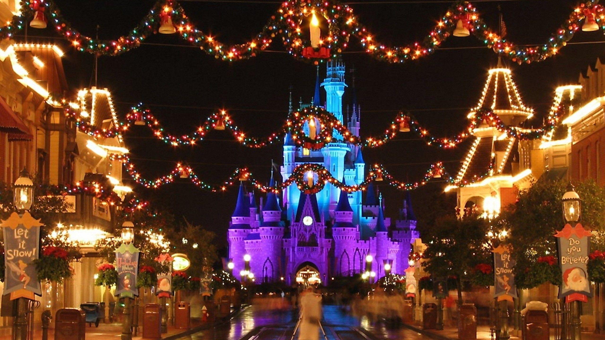 Cute Disney Christmas Wallpapers Top Free Cute Disney Christmas Backgrounds Wallpaperaccess