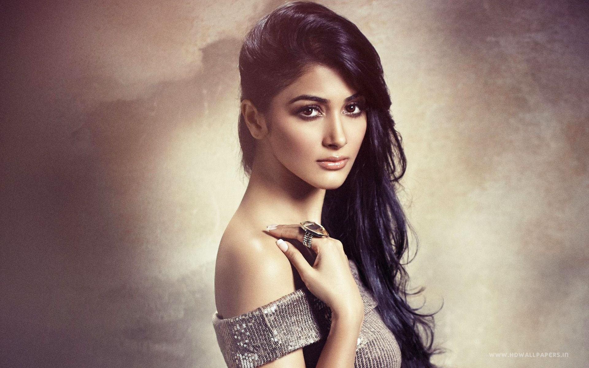 Top Bollywood Wallpapers Top Free Top Bollywood Backgrounds Wallpaperaccess