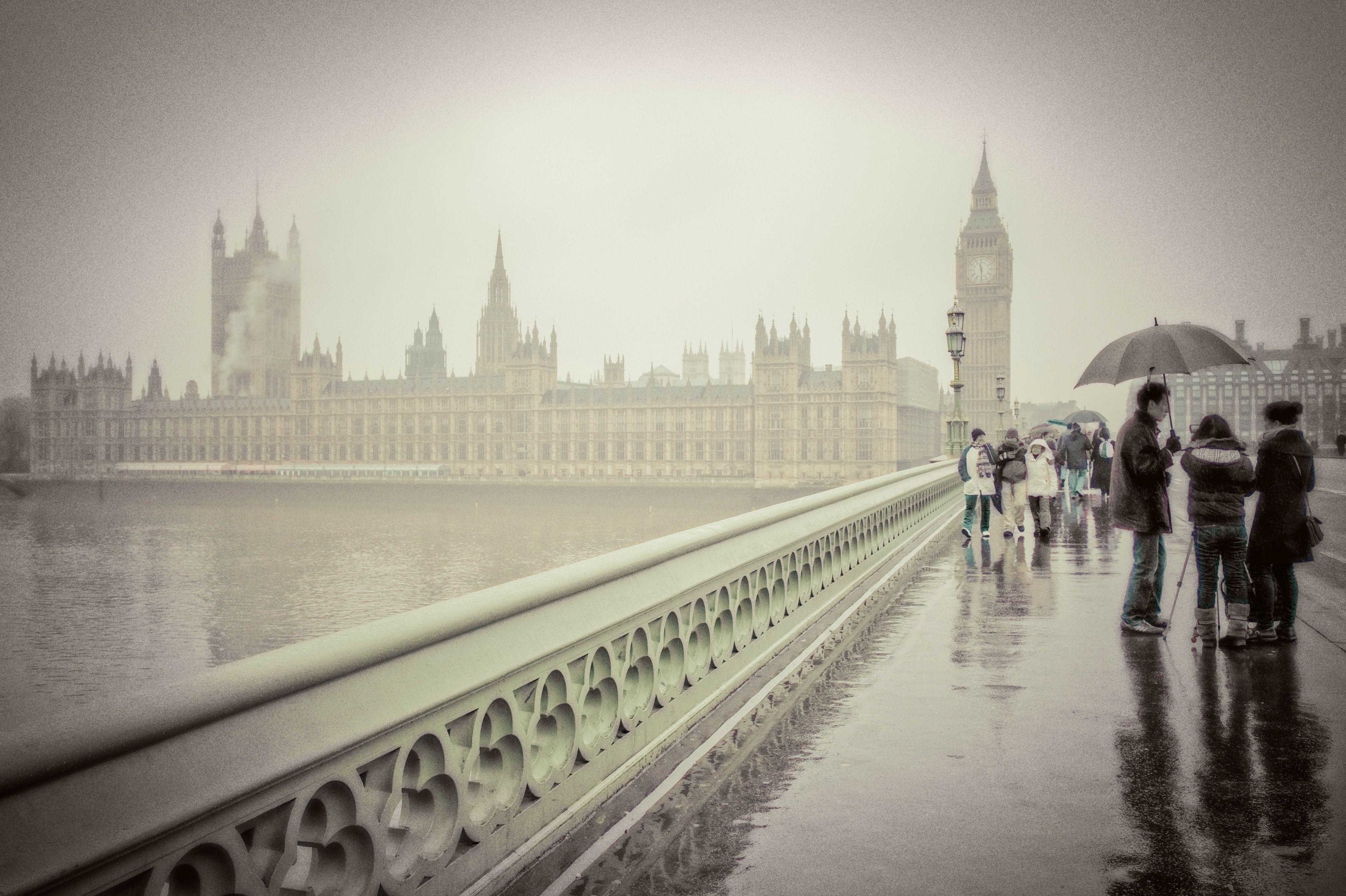 London Rain Wallpapers Top Free London Rain Backgrounds