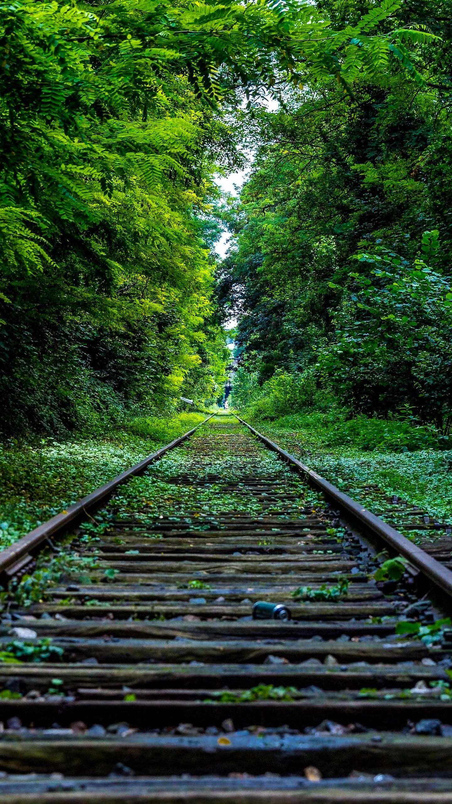 Train Tracks 4K Mobile Wallpapers - Top