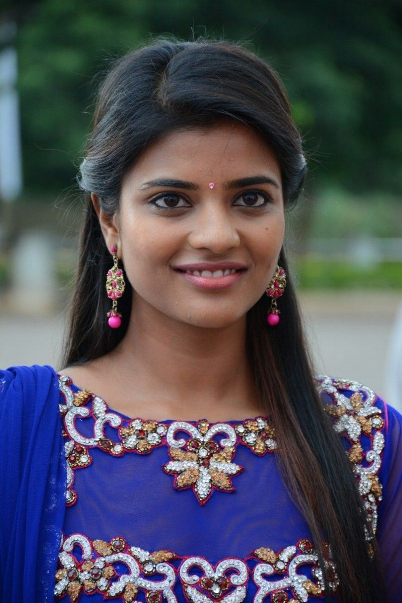 Tamil Actress Hd Wallpapers Top Free Tamil Actress Hd Backgrounds