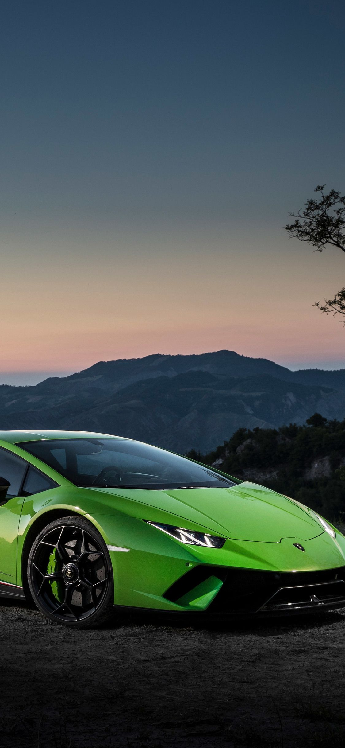Green Lamborghini iPhone Wallpapers - Top Free Green Lamborghini