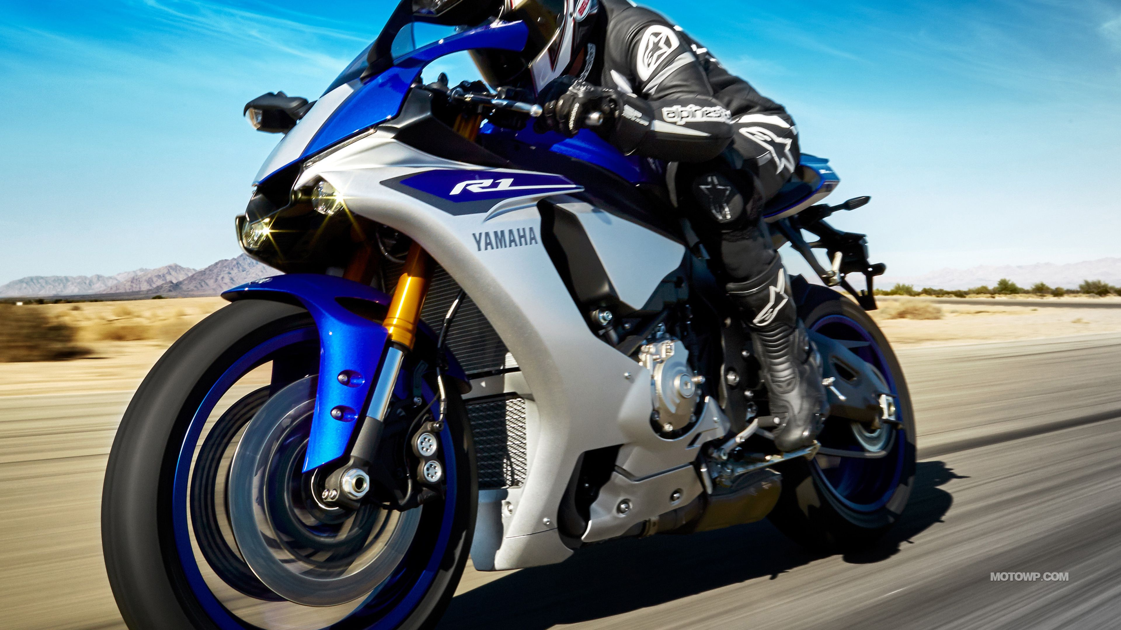 Top Free Yamaha R Backgrounds