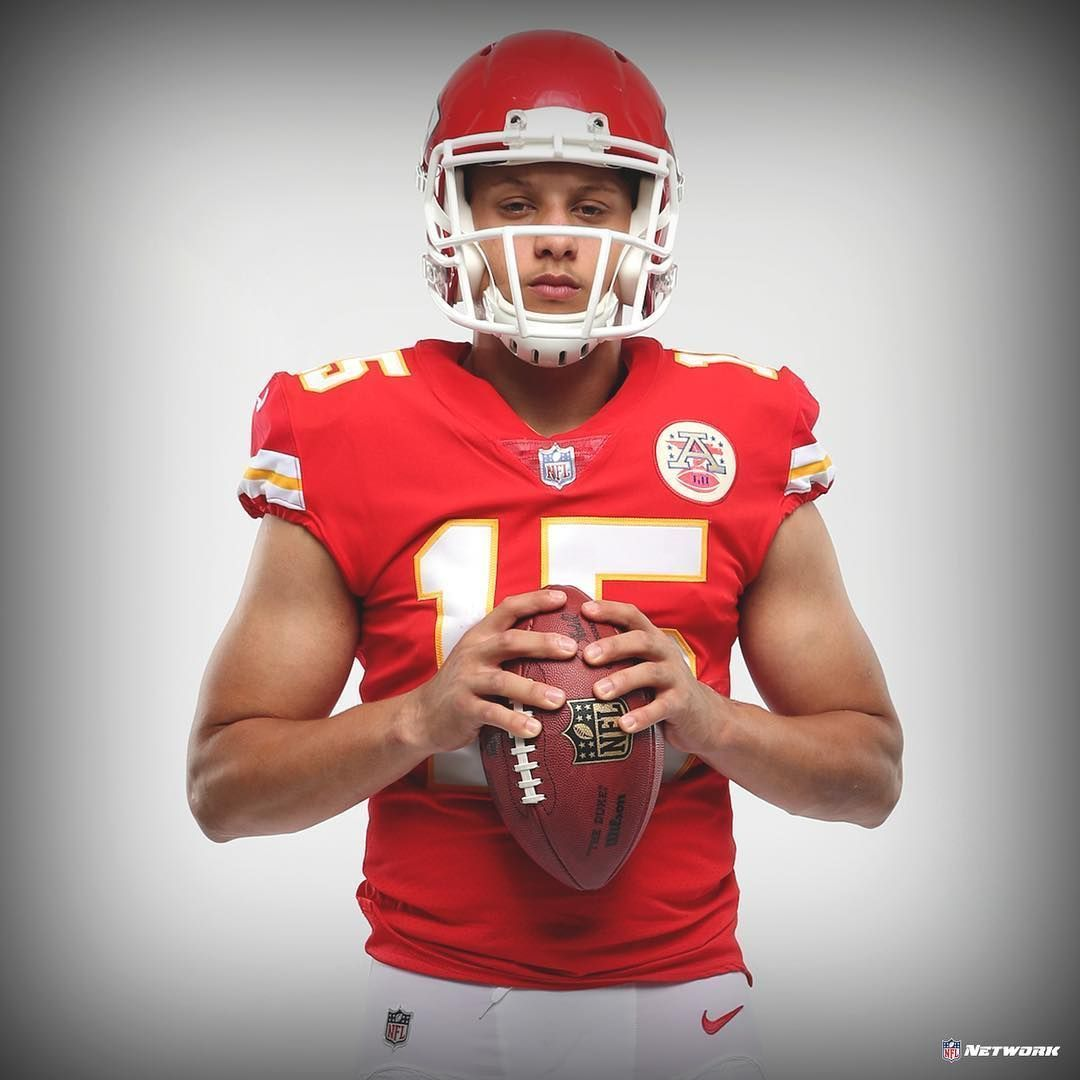 Pat Mahomes Phone Wallpapers Top Free Pat Mahomes Phone