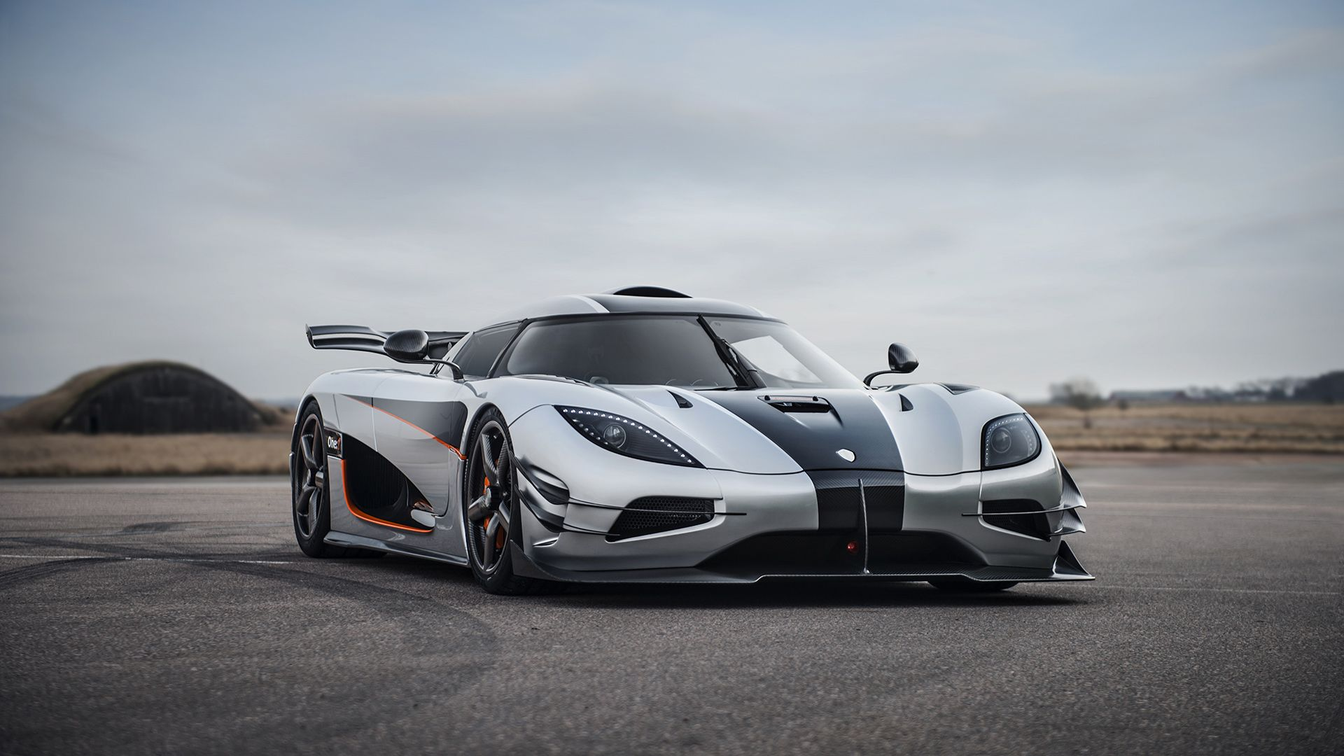 Koenigsegg One 1 Wallpapers Top Free Koenigsegg One 1 Backgrounds Wallpaperaccess