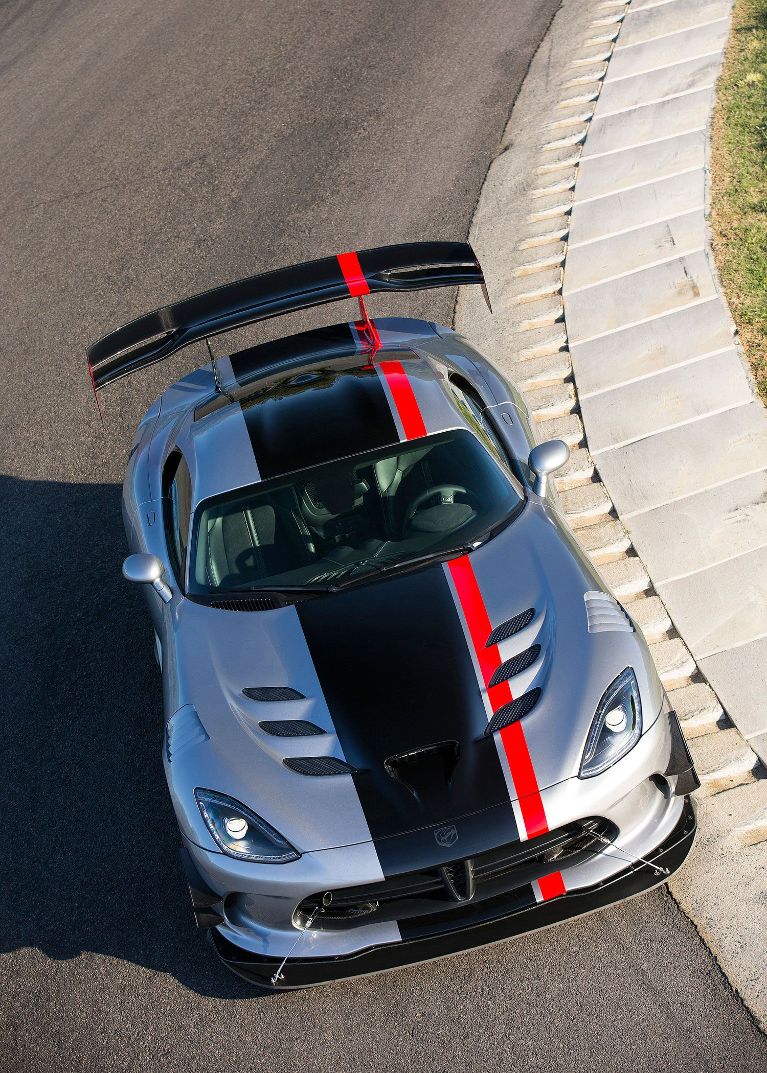 Dodge Viper Iphone Wallpapers Top Free Dodge Viper Iphone Backgrounds Wallpaperaccess