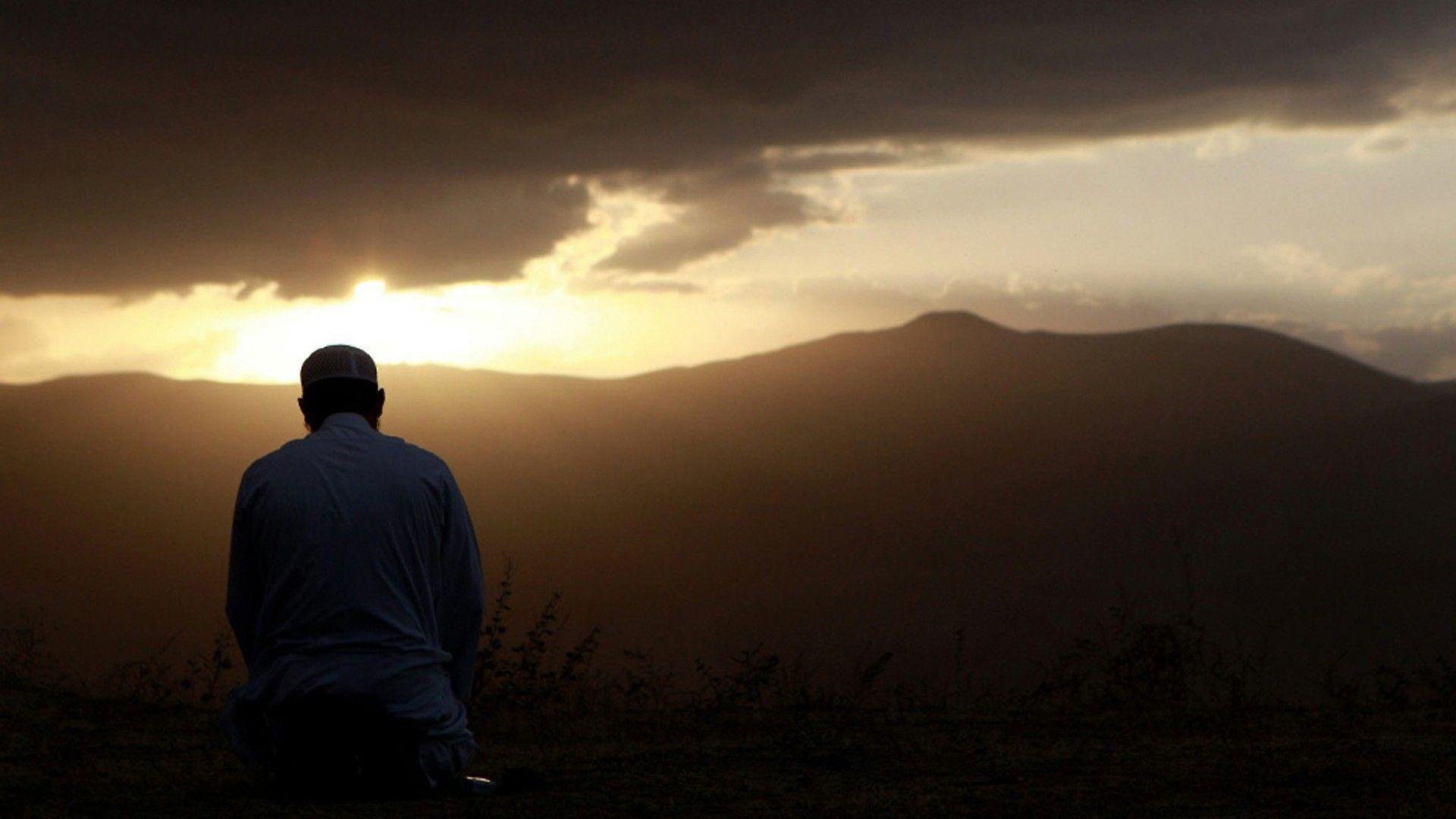 Muslim Praying Wallpapers - Top Free Muslim Praying Backgrounds ...