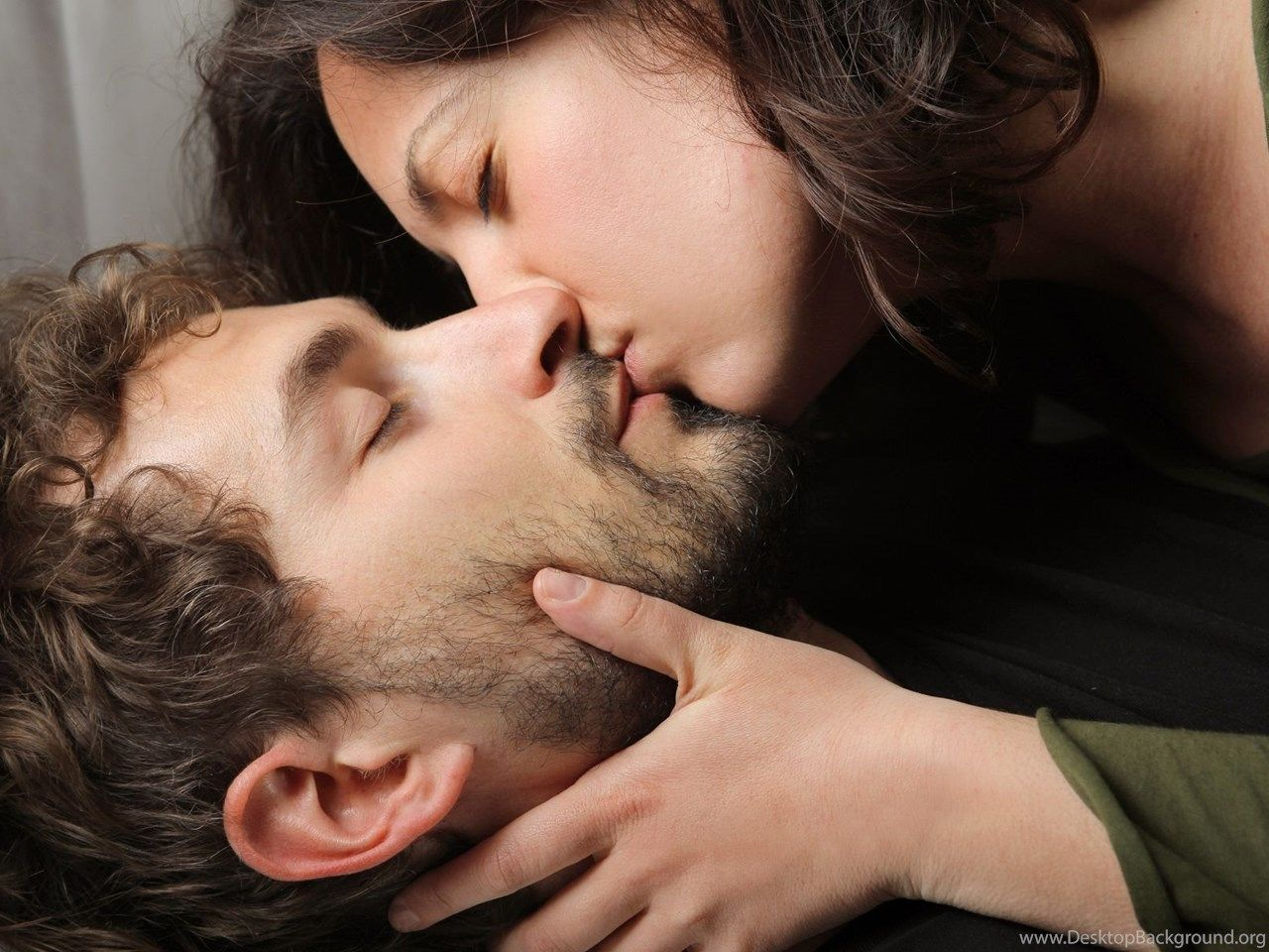 Romantic Kiss Wallpapers Top Free Romantic Kiss