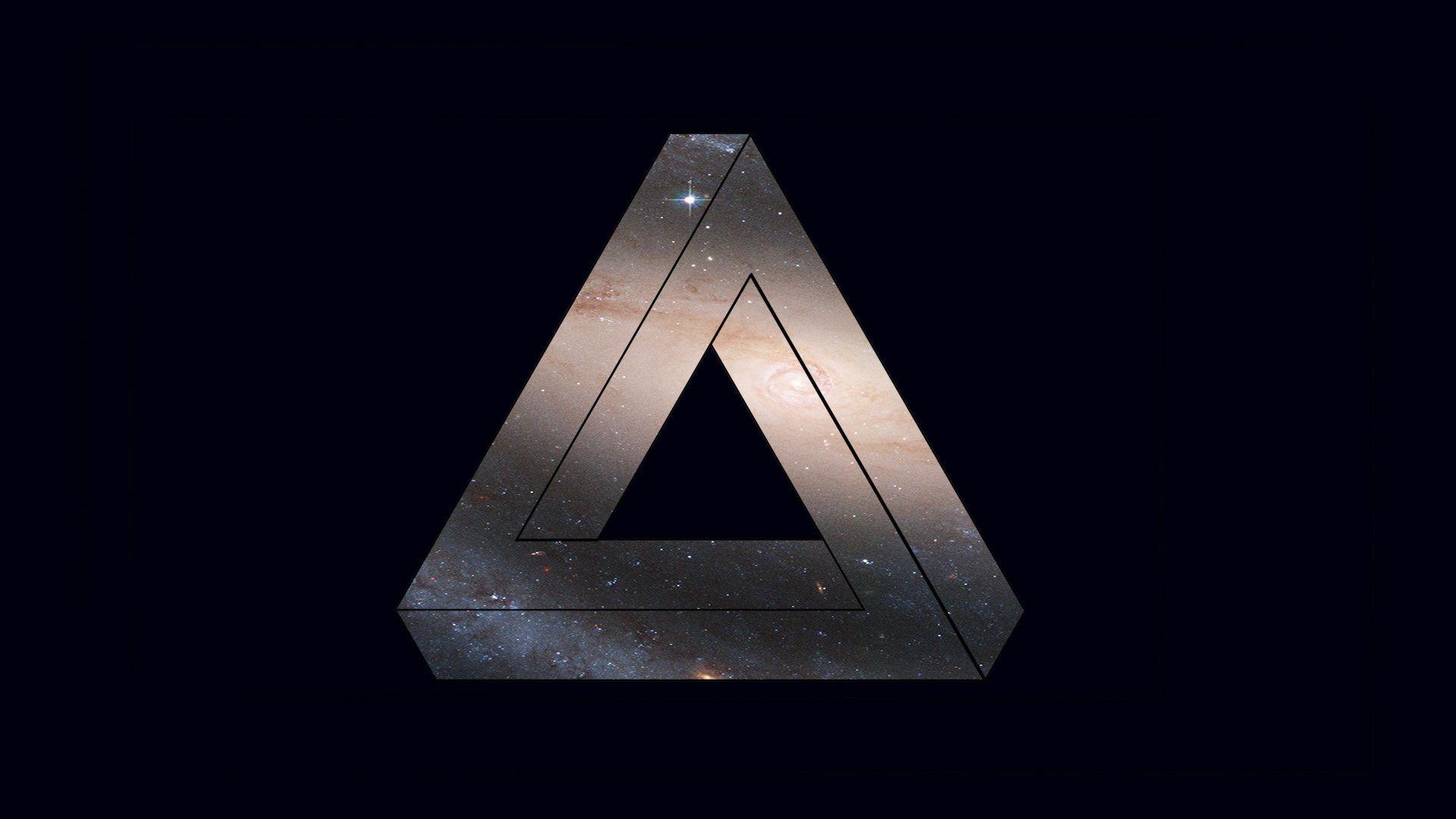 Photoshop Triangle Wal...