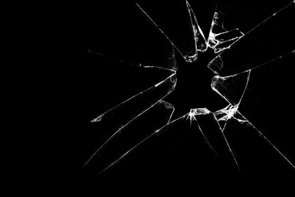Breaking Glass Wallpapers Top Free, Broken Mirror Wallpaper Iphone