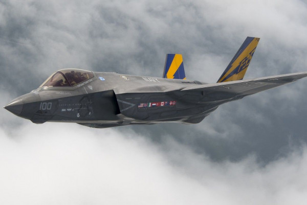 F-35 Fighter 5K Wallpaper