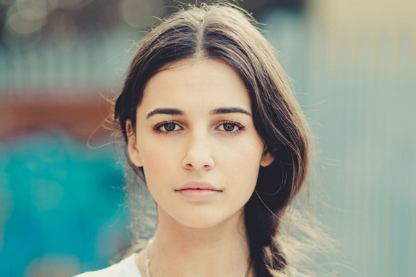 Naomi Scott Wallpaper